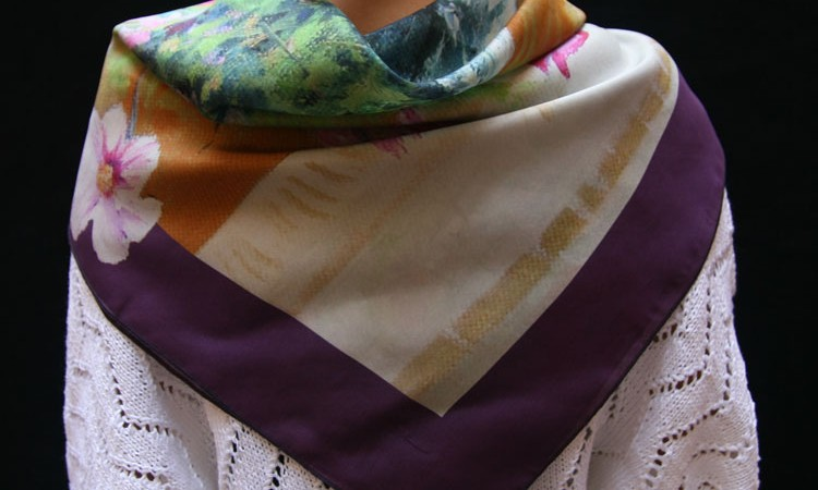 Bespoke silk scarves: create your own exclusive collection!