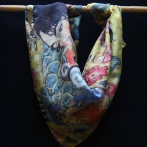 "Klimt silk scarf ""Lady with a fan"" - Fibra Creativa"