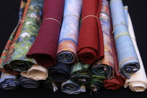 digitaly printed linen fabric pieces