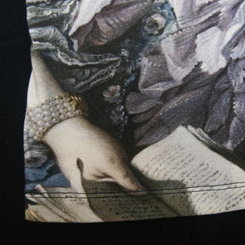 tshirt-pompadour-detail