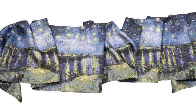 Foulards Van Gogh  la Nuit étoilée sur soie - Fibra CreativaFibra ... f50eda276f2