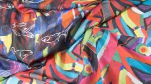 Alba Joanicot : pochettes femme en soie hautes en couleurs