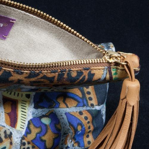 pochette-linen-trencadis-bench-detail