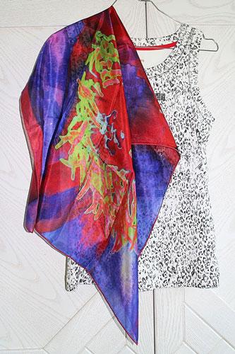 FH_lyrio-carré-soie-68×68-coeur-de-pivoine