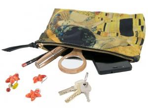Monedero de seda para llevar accesorios